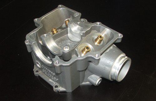 Reparaturarbeiten – Zylinderkopf von KTM